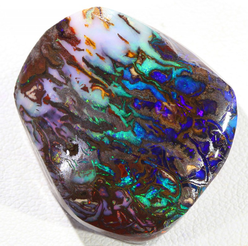 84Cts  Rough Opal Boulder from  Queensland australia SU 565