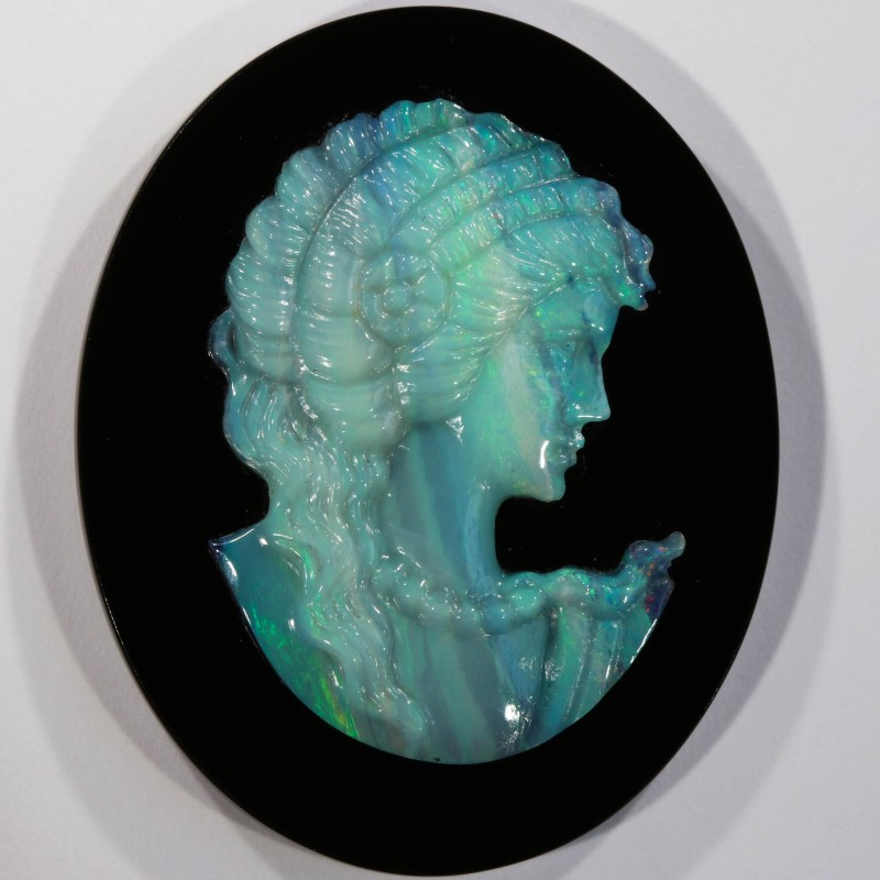 21.34 CTS  OPAL CAMEO CARVING [SEDA516]