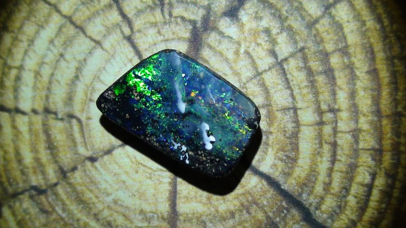 6.0 ct Gem Blue Green Natural Queensland Boulder Opal