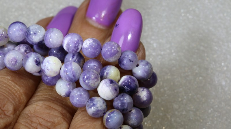 "106 CTS PURPLE OPAL BEADS -  FROM MEXICO ""MORADO""   LO-4661"