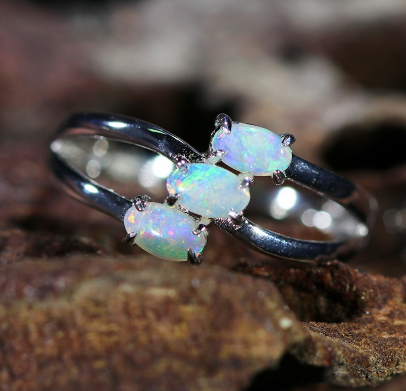 Cute Solid Crystal  Opal Rings  SU 1477