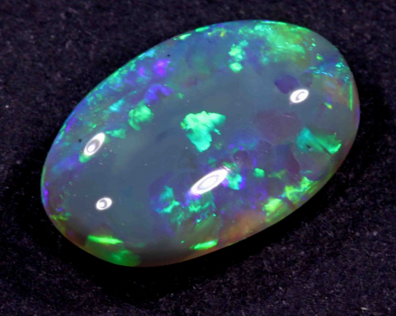 5.20 CT BLACK OPAL FROM LR