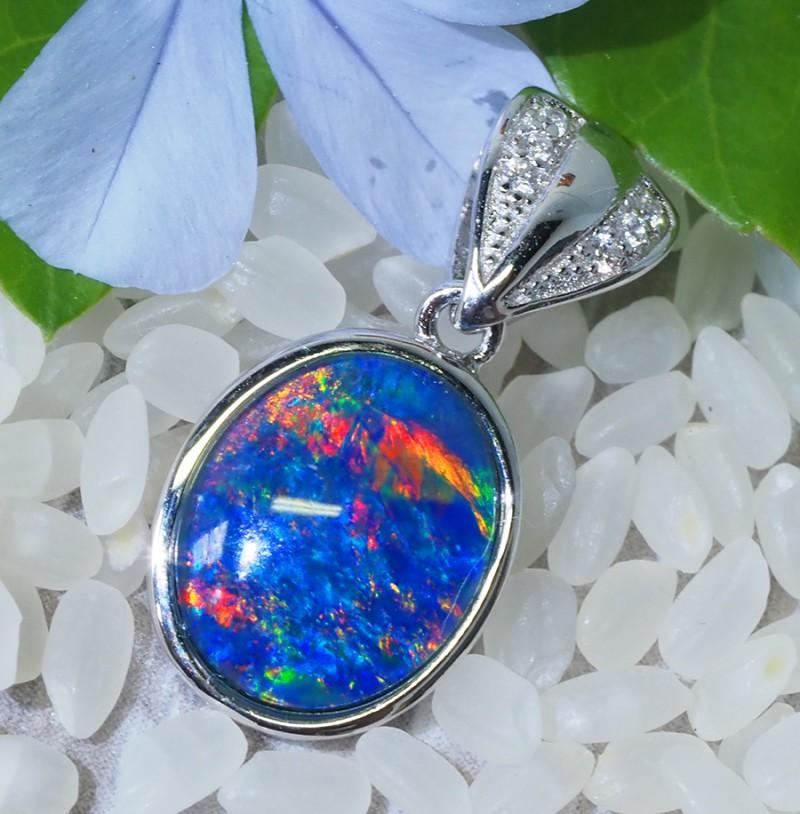 Cute Triplet Opal set in Silver Pendant  SU619