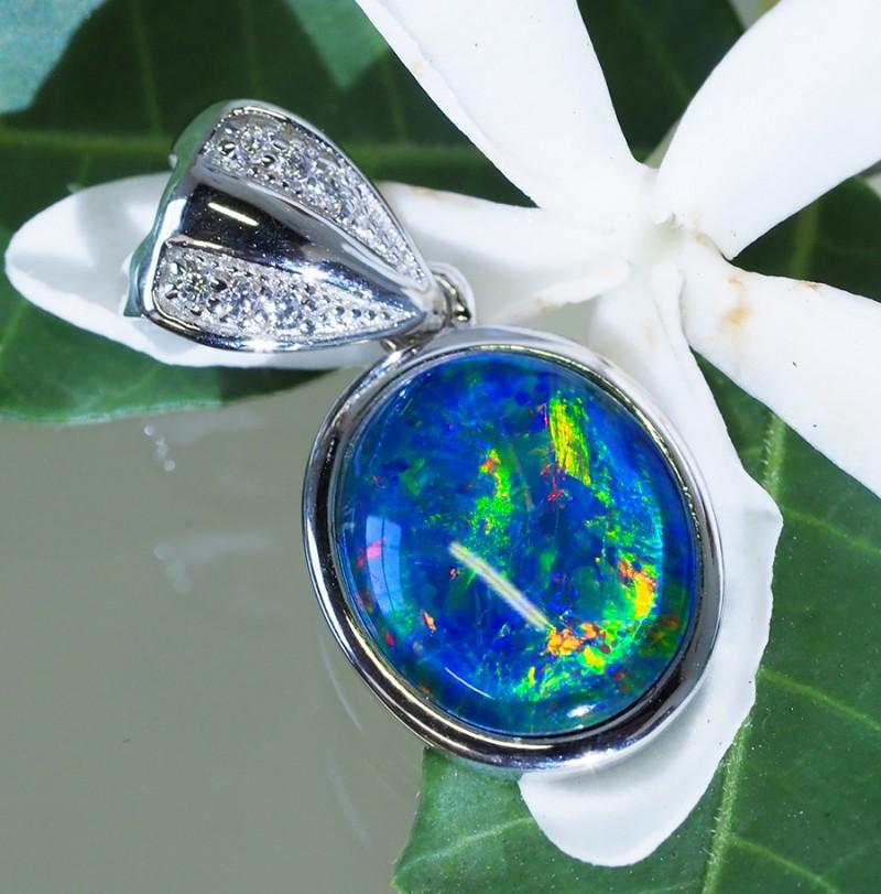 Cute Triplet Opal set in Silver Pendant  SU621