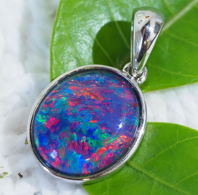 Cute Triplet Opal set in Silver Pendant  SU623