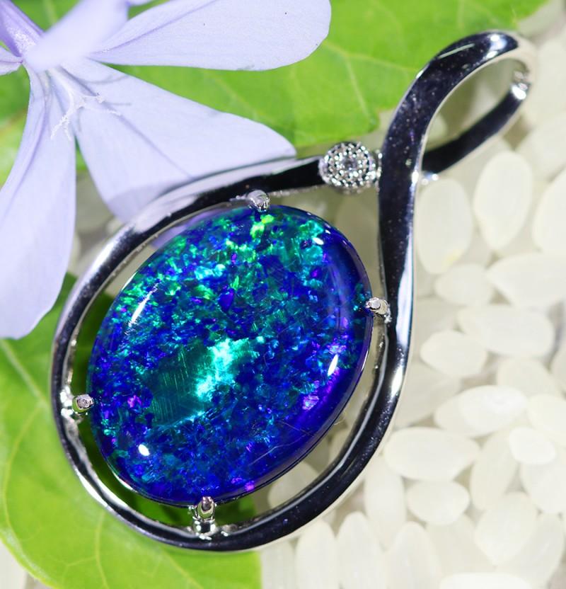 Cute Triplet Opal set in Silver Pendant  SU624