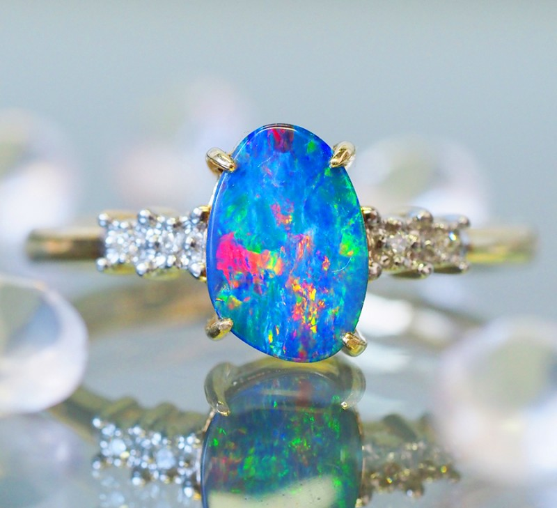 Stylish 14k Gold  Doublet Opal Ring with Diamond SU633