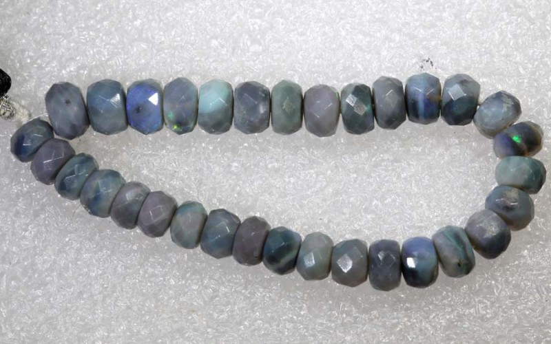 26.2CTS BLACK OPAL BEADS  DRILLED  LO-4713