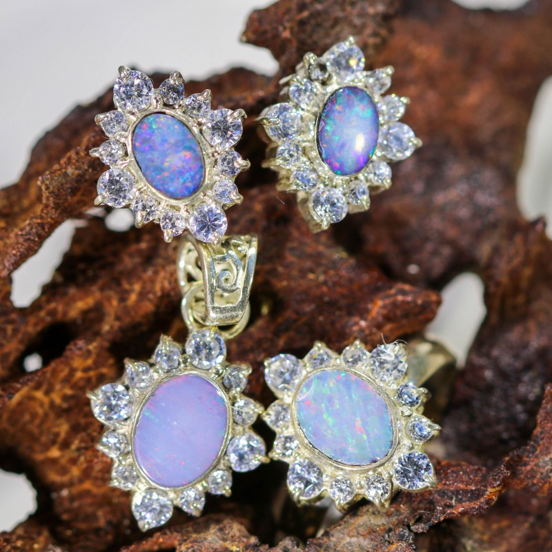 57.65 OPAL SET-RING PENDANT AND EARRINGS-SILVER -IDEAL GIFT. [SOJ6359]