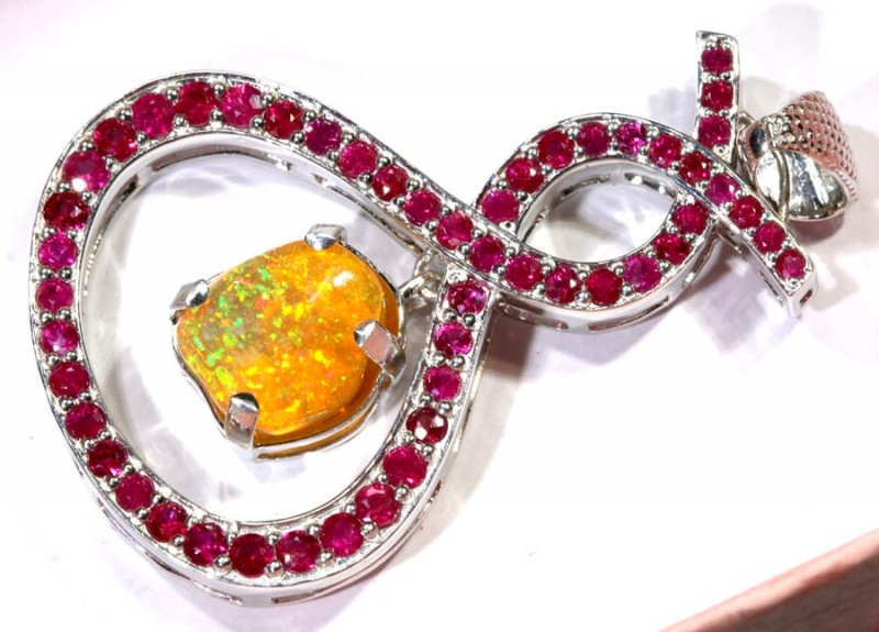 30.2CTS ETHIOPIAN OPAL WITH RUBY  SILVER PENDANT     OF-2234