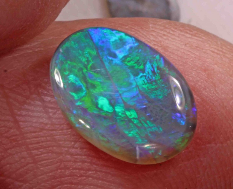 2.05 CT BLACK OPAL FROM LR