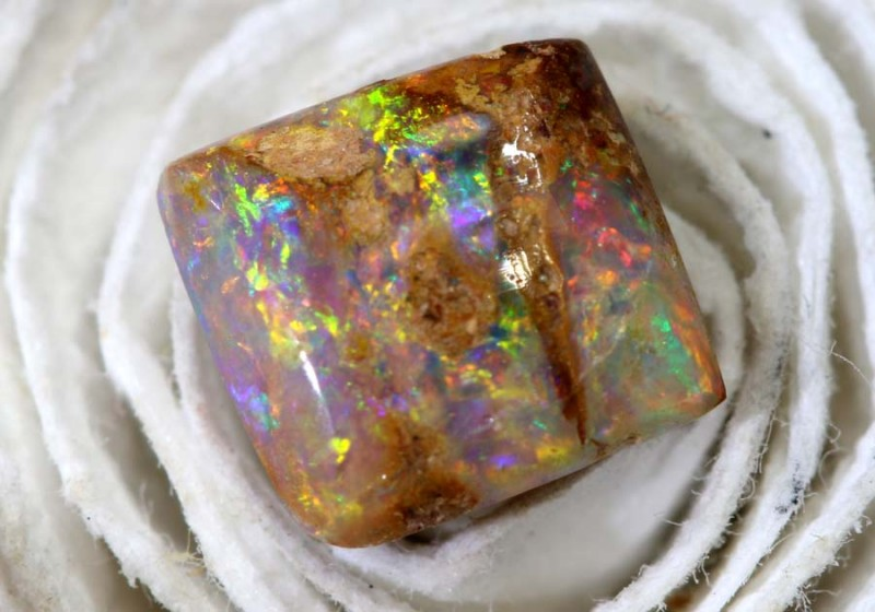 0.8CTS BOULDER OPAL  PIPE CRYSTAL POLISHED CUT STONE LO-4759