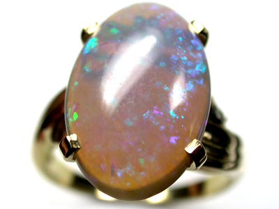 DAZZLING GREEN CRYSTAL OPAL 18K GOLD RING SIZE 6.8 SCO1926