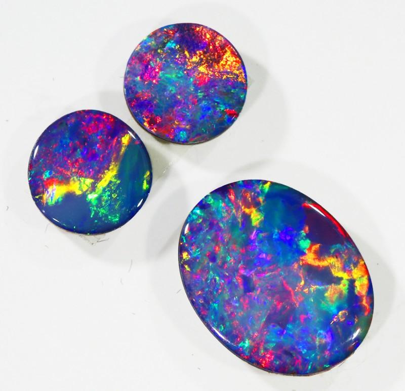 1.94Cts Set three  Gem Opal Doublet Parcel  SU1151