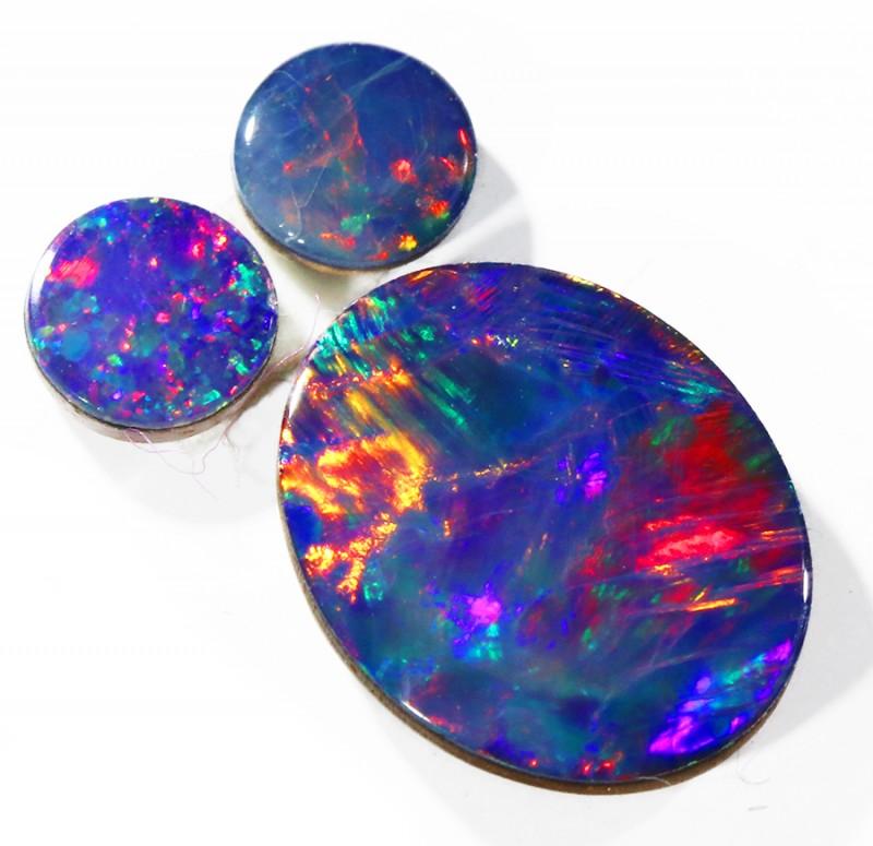 2.10Cts Set three  Gem Opal Doublet Parcel  SU1153