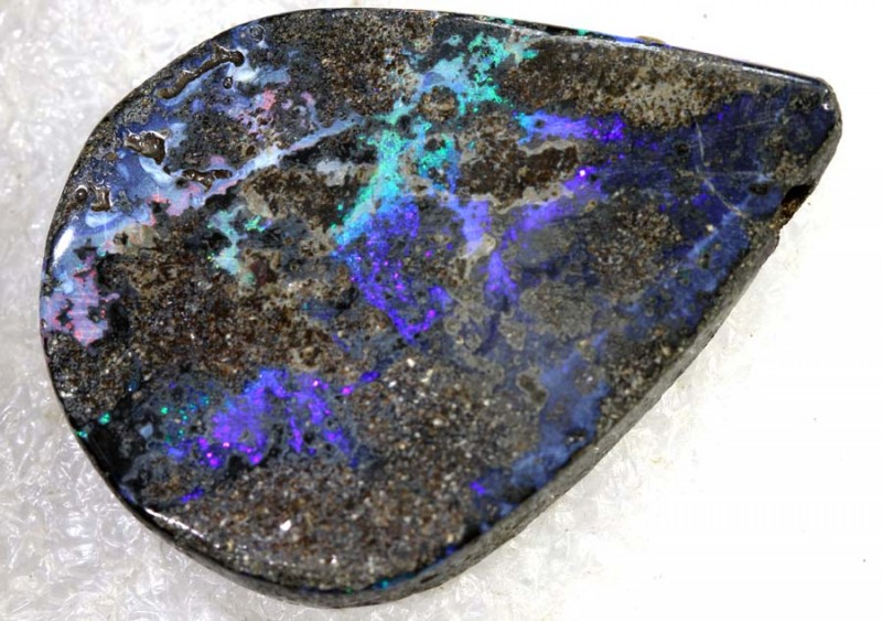 37.35CTS BOULDER OPAL DRILLED PENDANT NC-5186