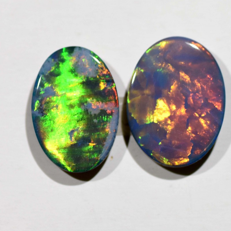3.70cts Opal Doublets - 2 Stones (R2929)