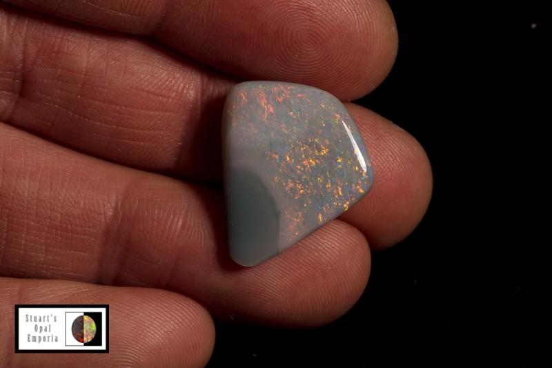 SALE 9.9 carat Allens Rise Opal 'Black hole' picture stone