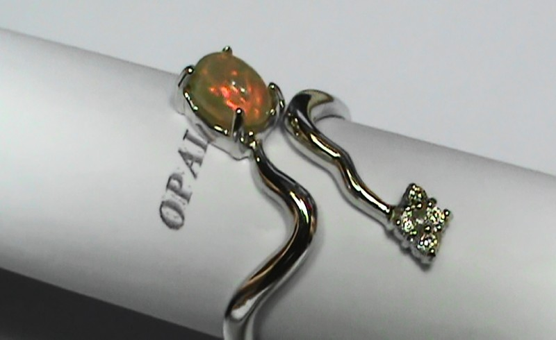 15.25 ct Stunning 925 Silver Bright Multi Color Welo Ring