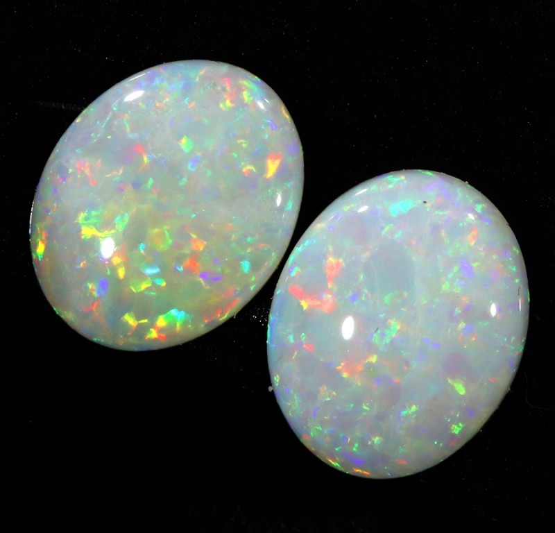 3.0CTS COOBER PEDY OPAL PAIR GREAT COLOUR PLAY   S144