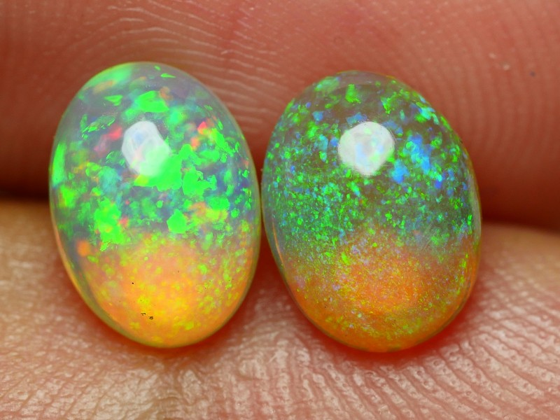 2.20 CRT BRILLIANT PAIR GALAXI PIN FIRE RIBBON PLAY COLOR WELO OPAL