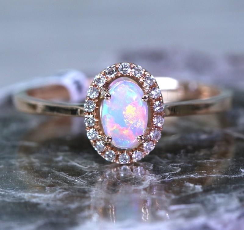 Cute  Opal Crystal plus Diamonds in 14k Yellow  gold Ring size 7  SU1341