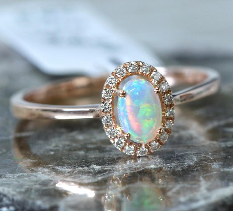 Cute  Opal Crystal plus diamonds in 14k Yellow  gold Ring size 7  SU1342