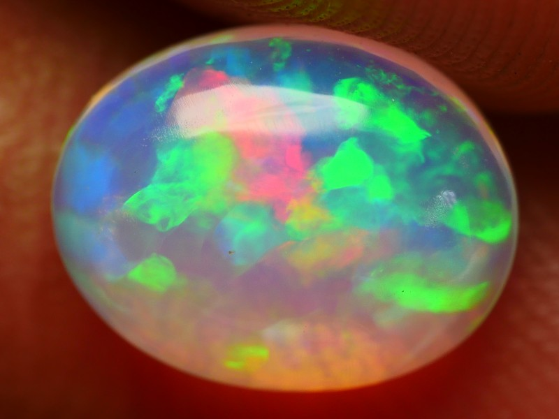 1.80 CRT BRILLIANT CRYSTAL CLEAR FLORAL PATTERN RAINBOW PLAY COLOR WELO OPA