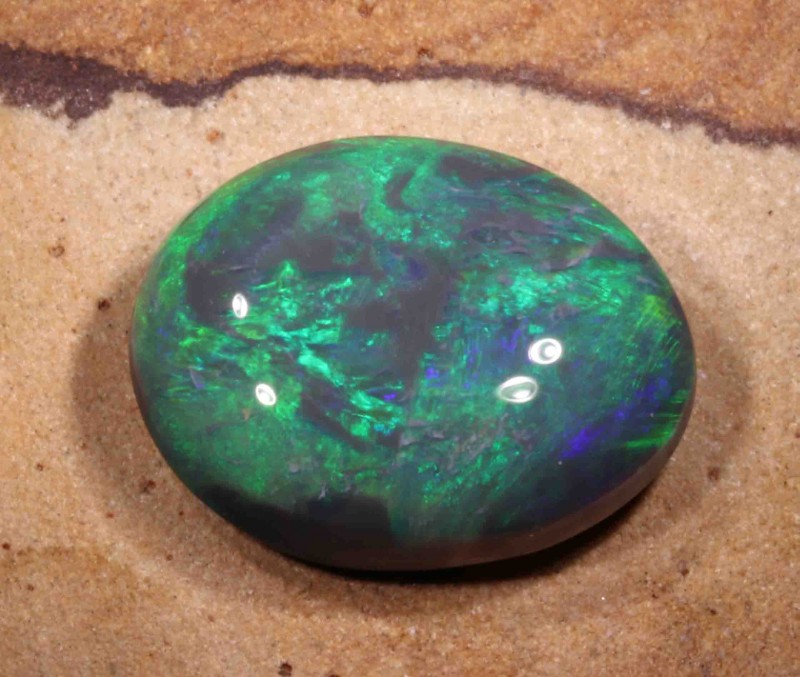 10.10 CT BLACK OPAL FROM LR