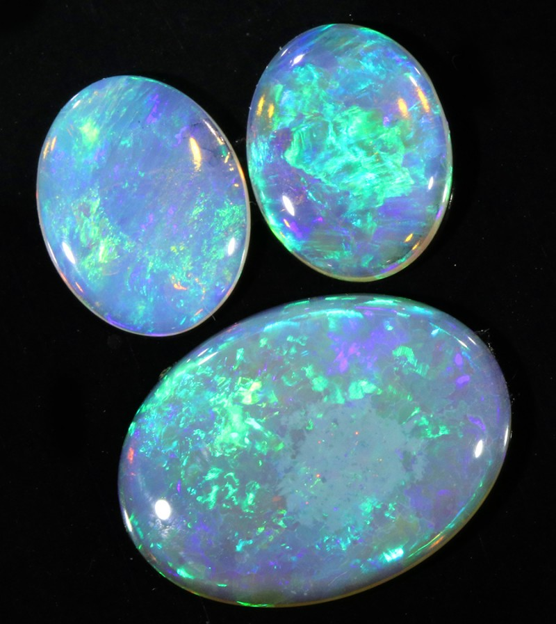 5.49Cts Set 3 matching  clean crystal Fire opals SU1371