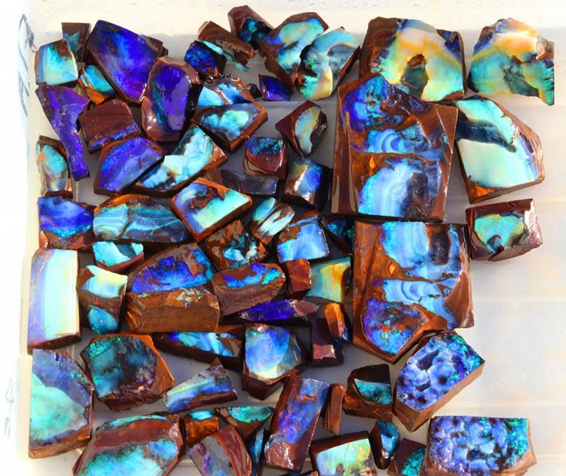 0.780Kilo 65pcs Opal cutters Dream Parcel rough boulder Opals. SU1439
