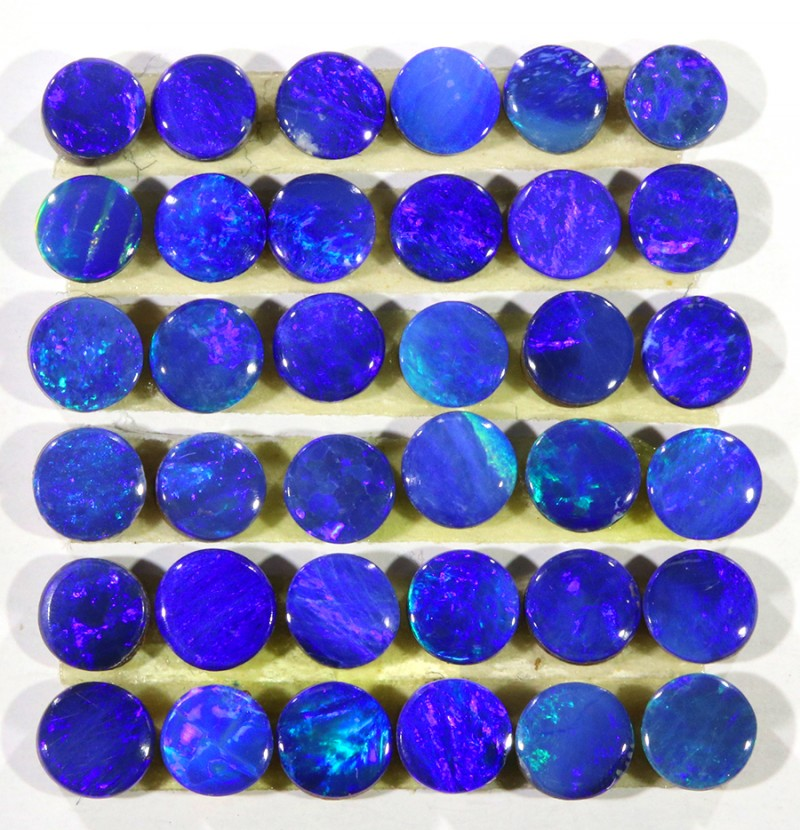 3.90CTS  36 PIECES CALIBRATED OPAL DOUBLET PARCEL GREAT COLOR PLAY -S295