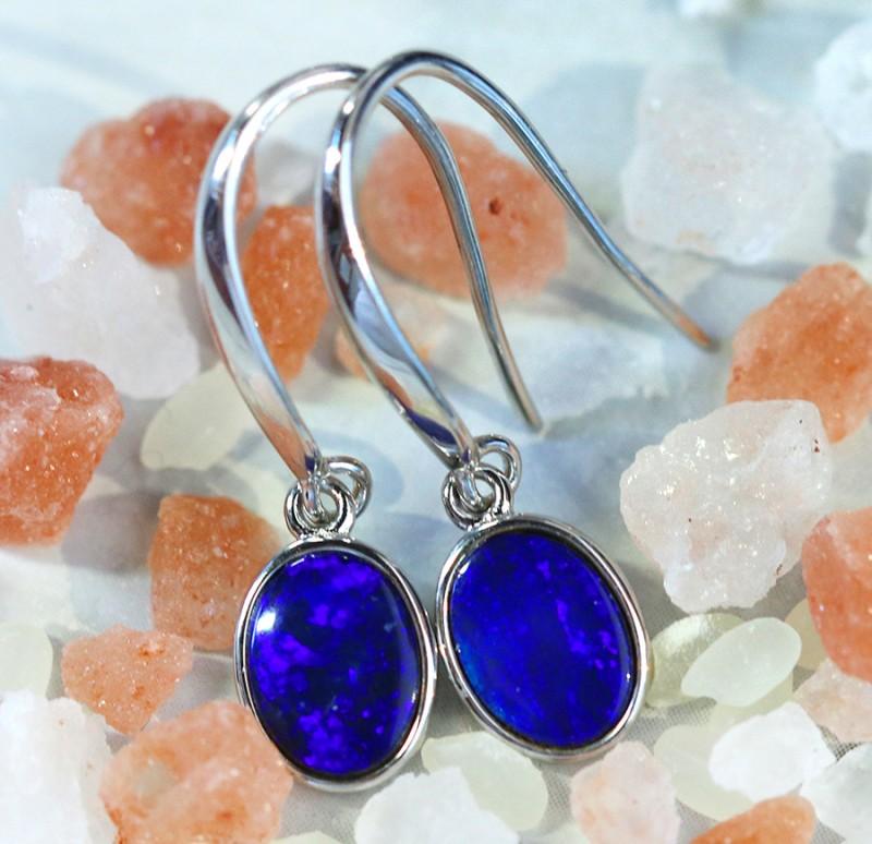Cute  blue  fire  Doublet opals in stylish silver earrings SU 1493