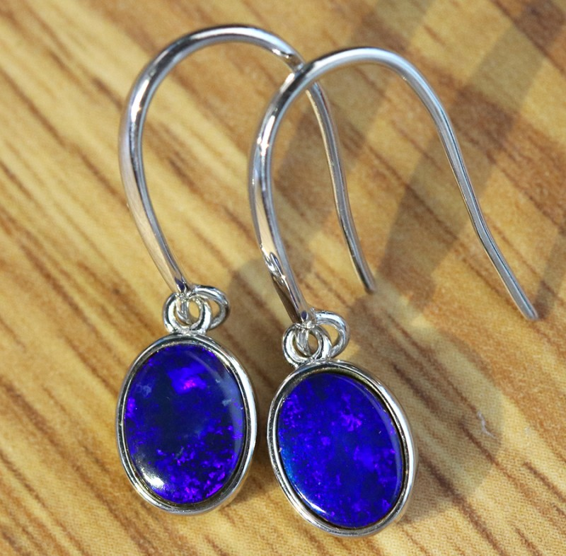 Cute  blue  fire  Doublet opals in stylish silver earrings SU 1494