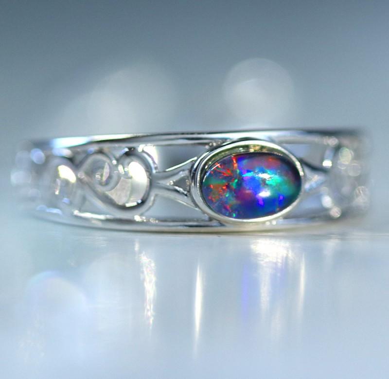 Cute  triplet  opals in stylish silver ring  SU 1505
