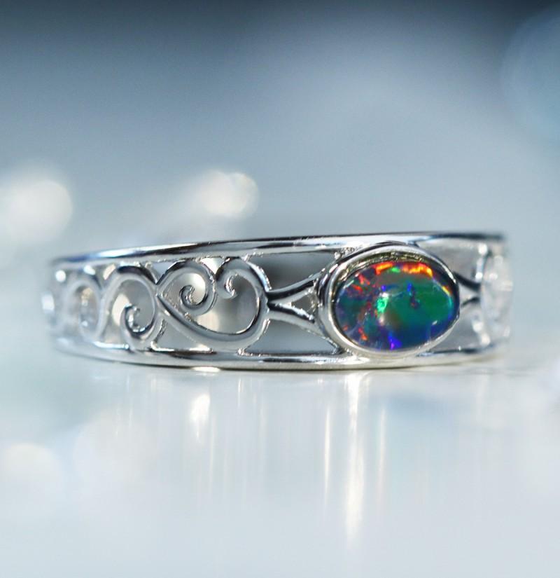 Cute  triplet  opals in stylish silver ring  SU 1507