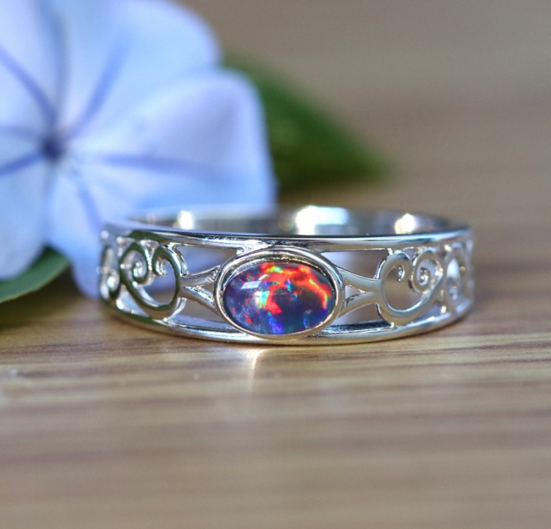 Cute  triplet  opals in stylish silver ring  SU 1508