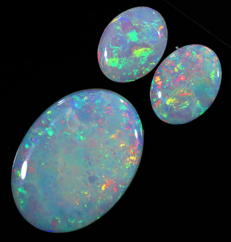 3.49CTS 3 STONES PARCEL COOBER PEDY -GREAT COLOR PLAY -S399