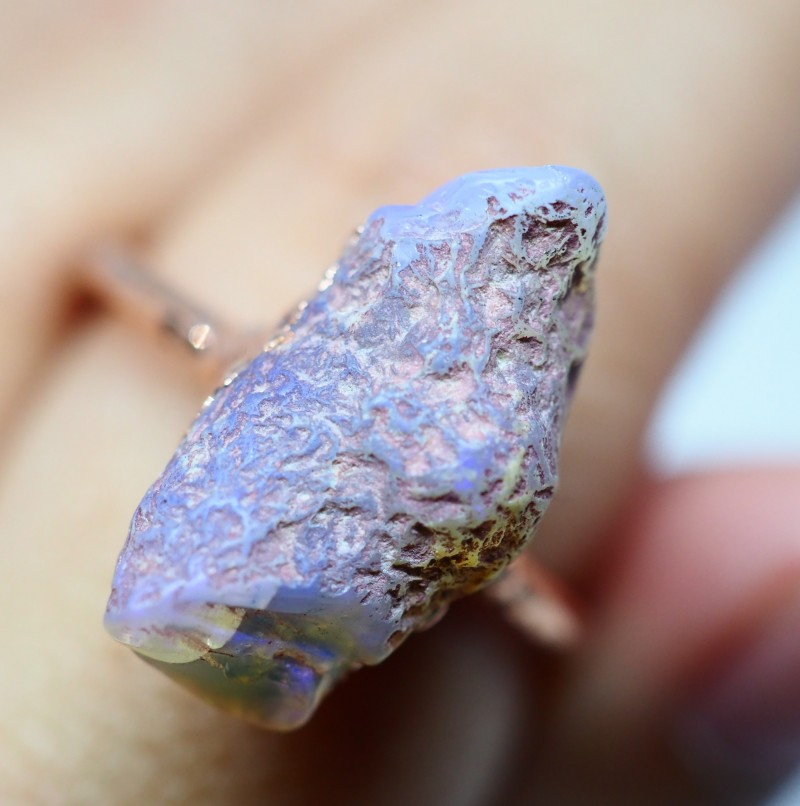1785CT OPAL RING WITH ELECTRIC FORM COPPER (RAW)  OI471