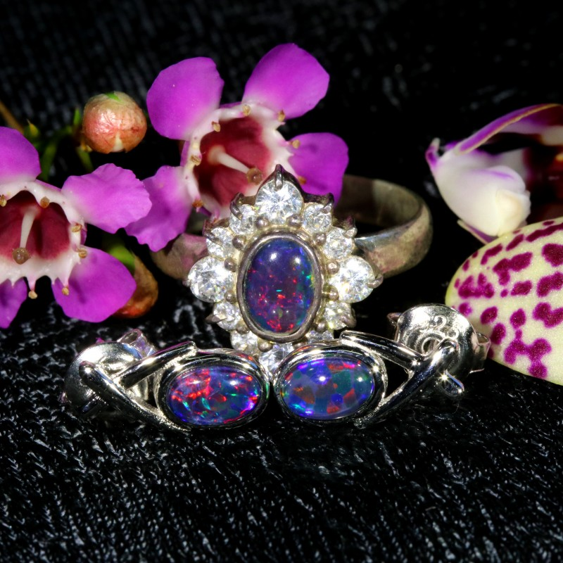 27.00 CTS OPAL TRIPLET SILVER JEWELRY SET-RING AND EARRINGS[SOJ6405]