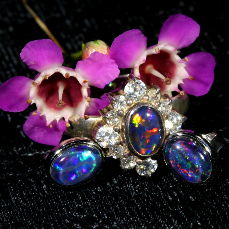 25.10 CTS OPAL TRIPLET SILVER JEWELRY SET-RING AND EARRINGS[SOJ6410]