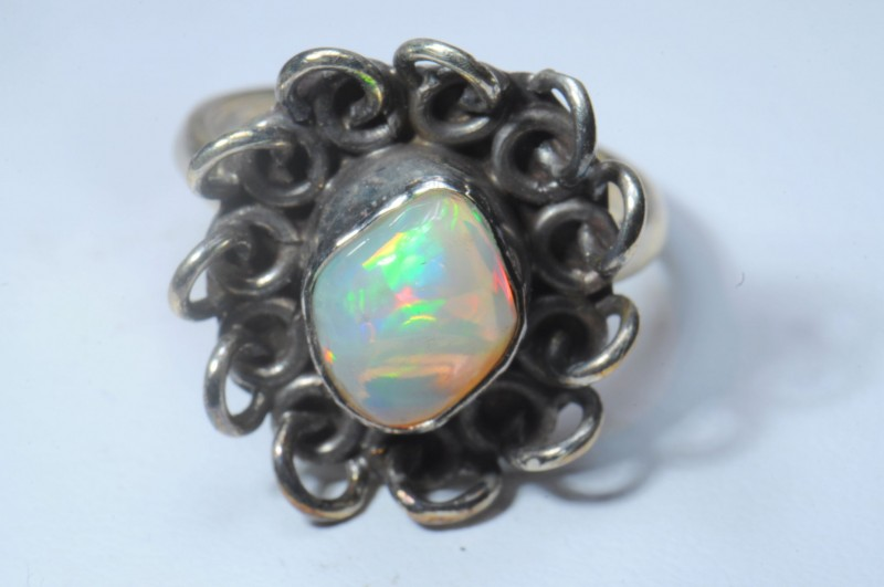 RING SOLID CRYSTAL OPAL HIGH QUALITY .925 STERLING