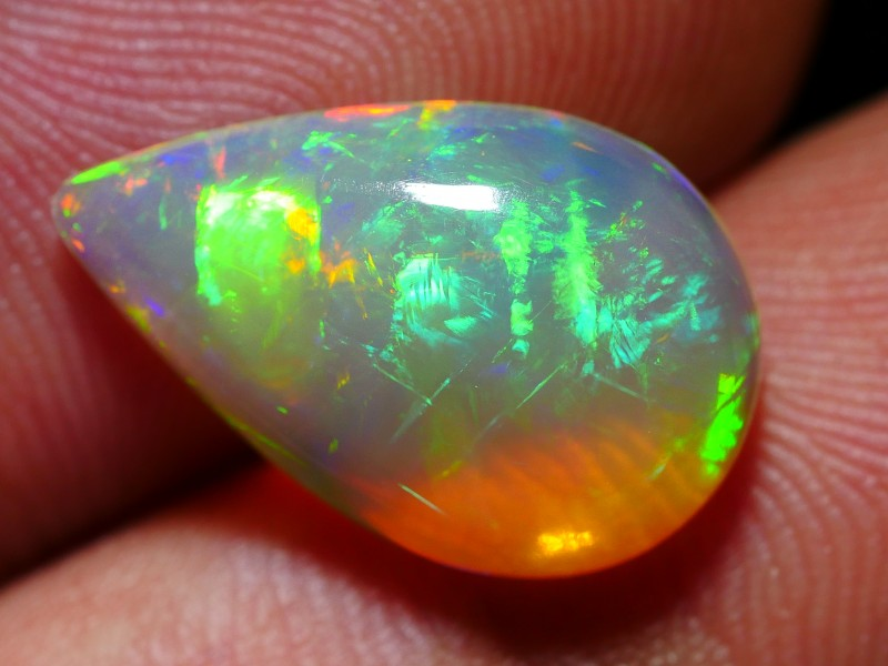 3.40 CRT STUNNING ROLLING FLASH MULTICOLOR CRYSTAL CLEAR WELO OPAL