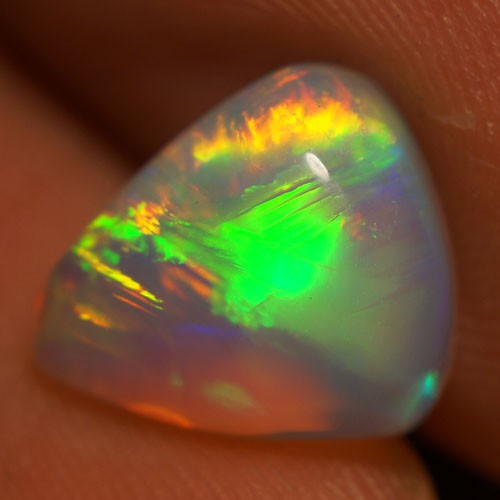 2.12 CT BROADFLASH PATTERN FLASHY ETHIOPIAN OPAL-AE315