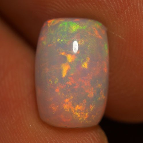 2.41 CT AAA QUALITY MULTI RAINBOW FLASHY ETHIOPIAN OPAL-AE326