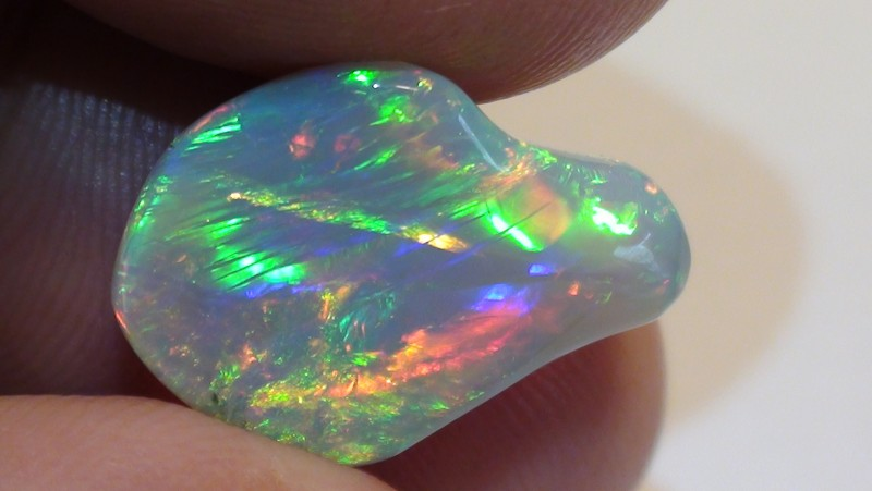 6.80 ct Ethiopian Top Gem Color Carved Free form Welo Opal