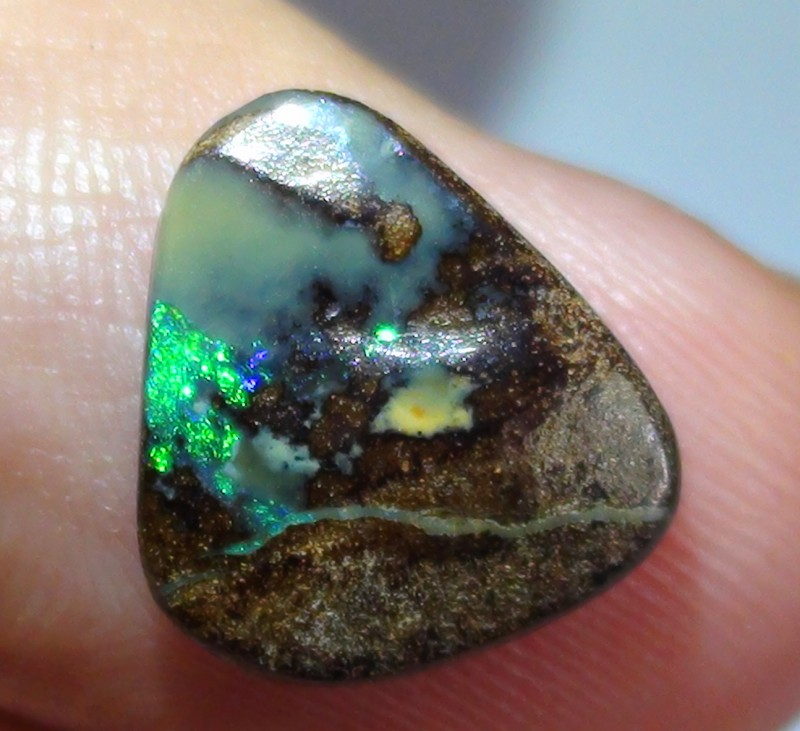 3.50 ct Boulder Opal Natural Blue Green Color