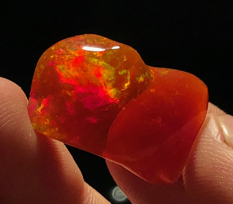 17.6 Orange Caramel Mexican Crystal-Contraluz Opal (OM)
