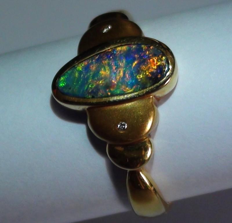 20.40 ct 18k Solid Gold Gem Boulder Opal Diamond Ring