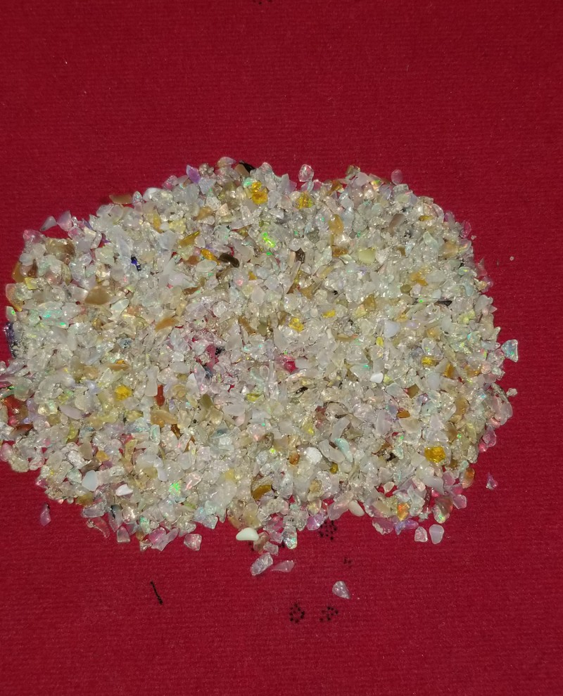 OPAL CHIPS PARCEL 200 CARATS ETHIOPIAN WELO OPAL ROUGH CHIPS RO999